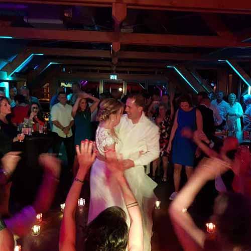 DJ Muziek op Bruiloft