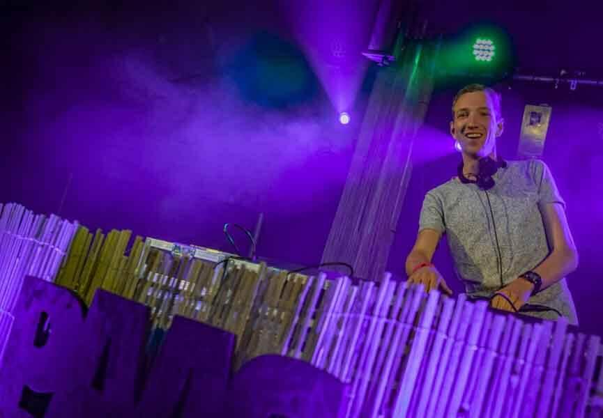 DJ DouBBle B Zieuwent DJ