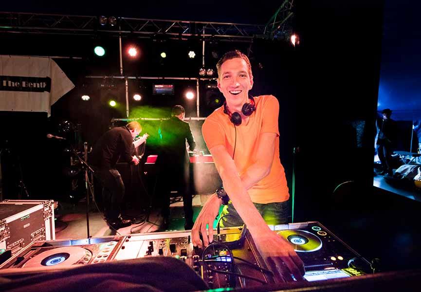 DJ nodig in Doetinchem